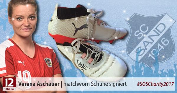 Signierte matchworn Fußballschuhe von Verena Aschauer (SC Sand)