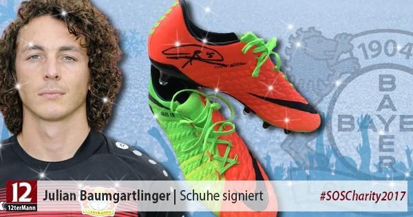 Signierte Fußballschuhe vonJulian Baumgartlinger(Bayer 04 Leverkusen)