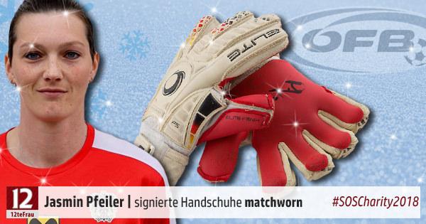 12-Pfeiler-Jasmin-OEFB-matchworn-Handschuhe-signiert-SOSCharity18.jpg