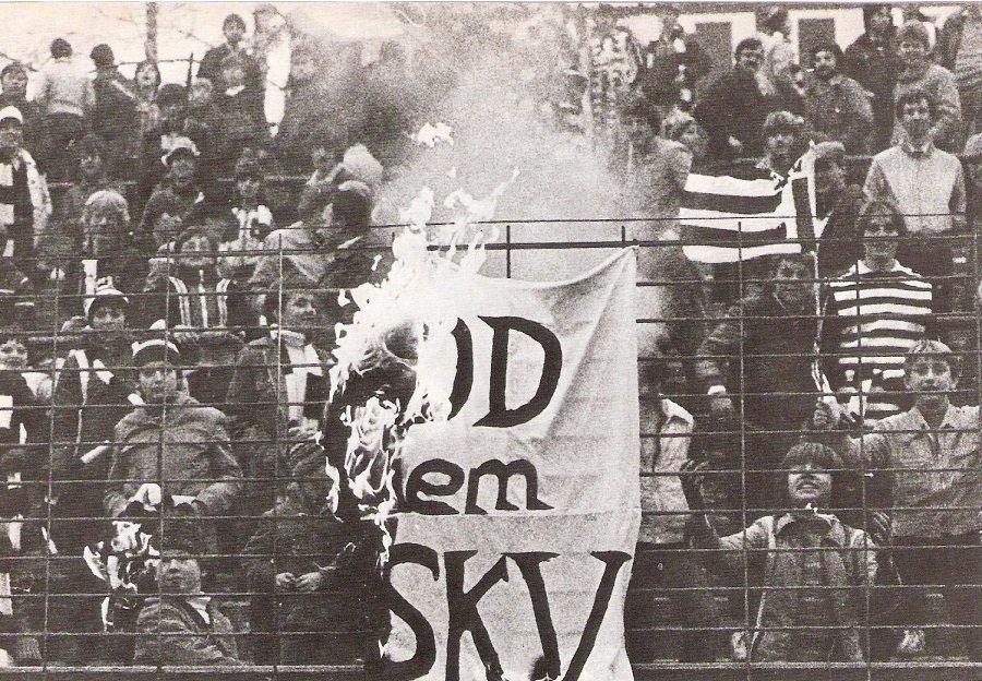 Bild-5_Aus-SK-VÖEST-Linz_LASK_2_0_21-11-1981_Sammlung-oepb.at_.jpeg